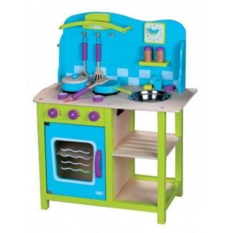 Drewniana kuchnia dla dzieci - przytulna