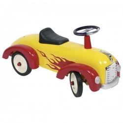 Jeździk wyścigowy z płomieniami
