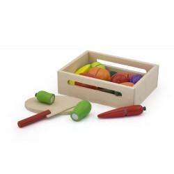 Drewniane warzywa i owoce do krojenia w skrzynce